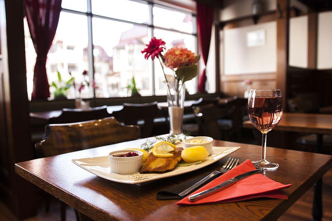 Belfast Restaurant and sports bar
