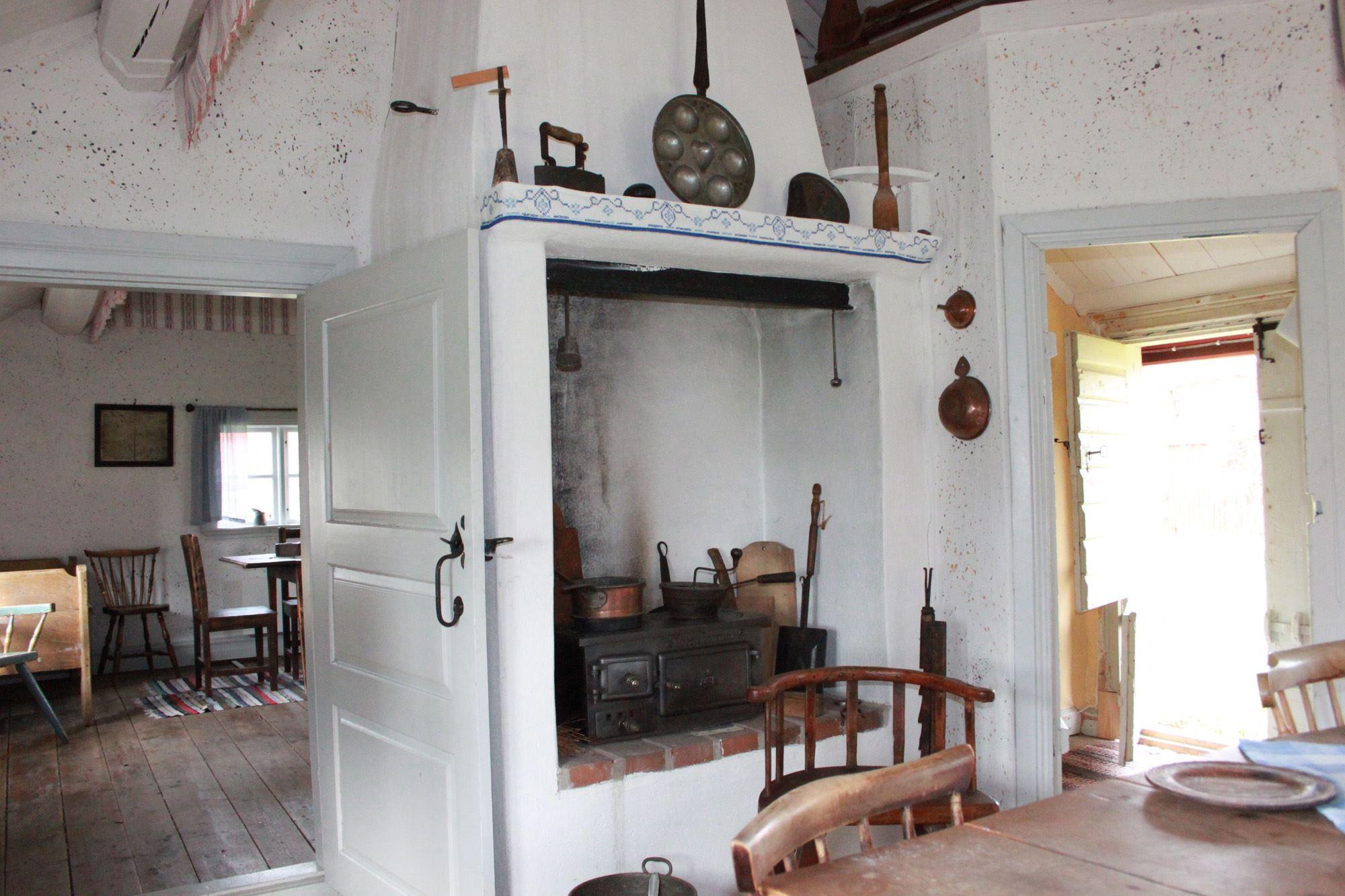 © Ljungby Museum, Torpstugan – kök och storstuga