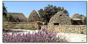 2.Baux de Provence and Luberon AM