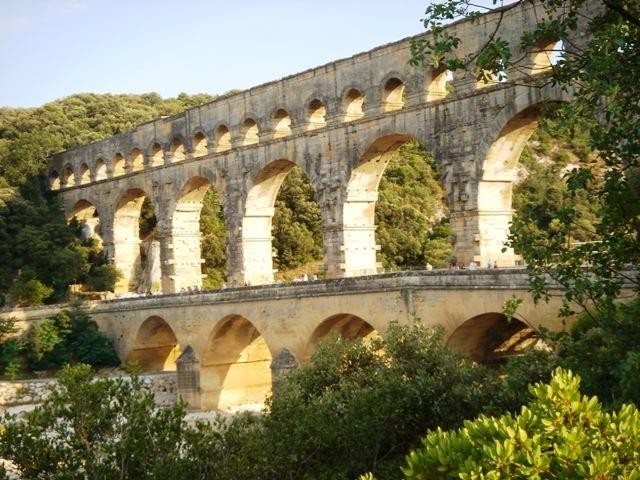 """3.Excursion """"Pont du gard, Uzès et Nimes après midi"""""""