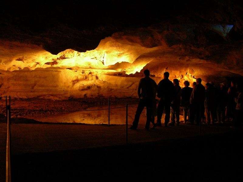 Visite guidée des Grottes de Sare