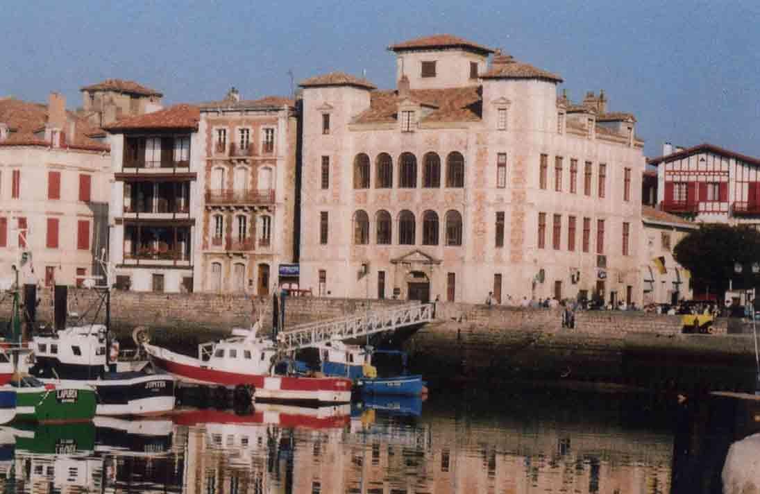 Saint-Jean-de-Luz : A la découverte de l'histoire de Saint-Jean-de-Luz