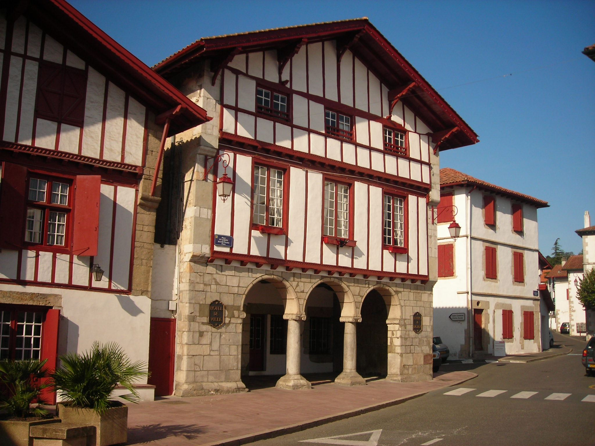 Urrugne : un village au Pays Basque.
