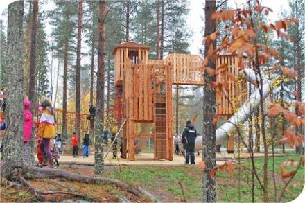 © Umeå Kommun, Östra Ersboda äventyrslekpark