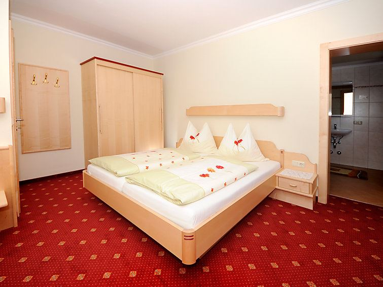 Lägenhet för upp till 5 personer med 3 rum på Obertaxing - Jausern