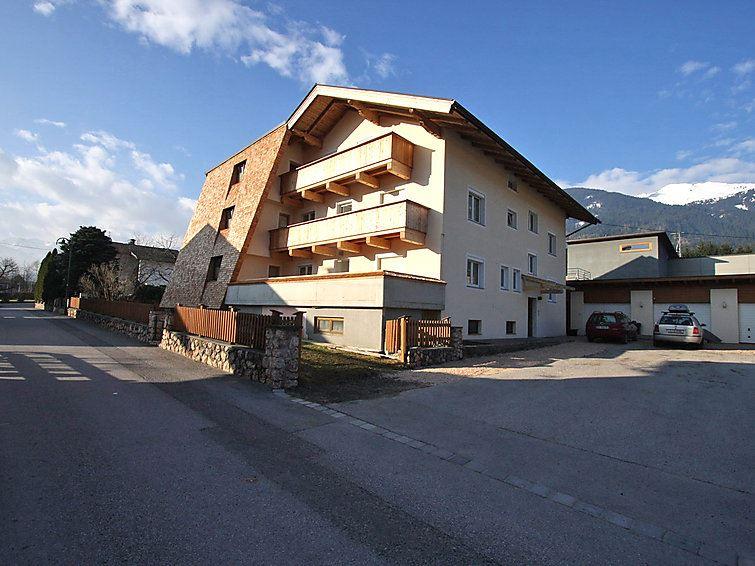 Lägenhet för upp till 10 personer med 6 rum på Gerda - Ried im Zillertal