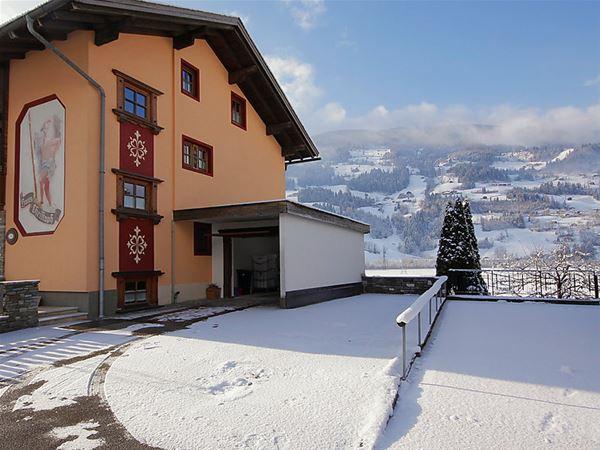 Lägenhet för upp till 7 personer med 4 rum på Christoph - Stumm