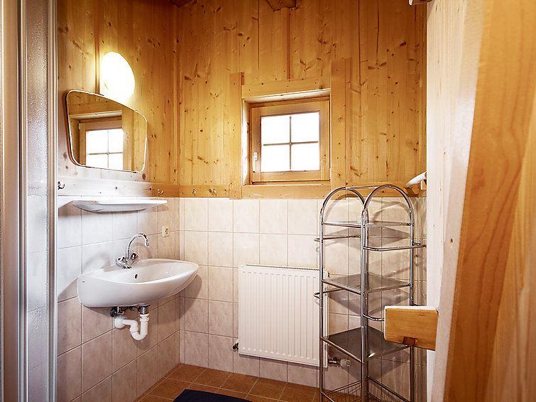 Feriehus Stumm for opp til 10 personer med 6 rom - Stumm
