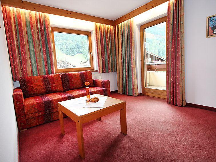 Lägenhet för upp till 4 personer med 2 rum på Zentral - Stumm