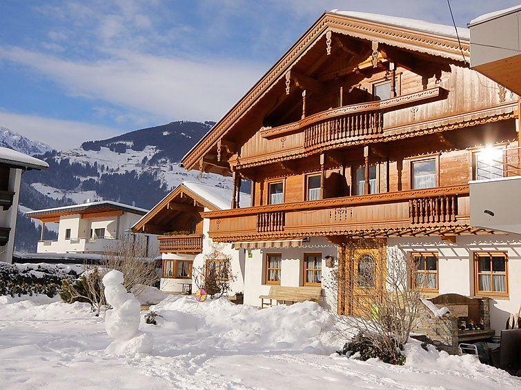 Semesterhus Hauser för upp till 15 personer med 8 rum - Mayrhofen