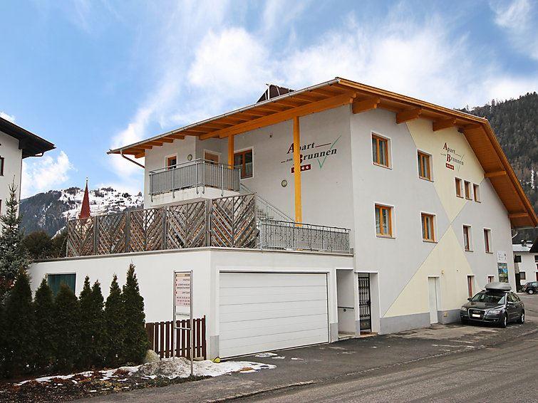 Lägenhet för upp till 5 personer med 3 rum på Brunnen - Ried im Oberinntal
