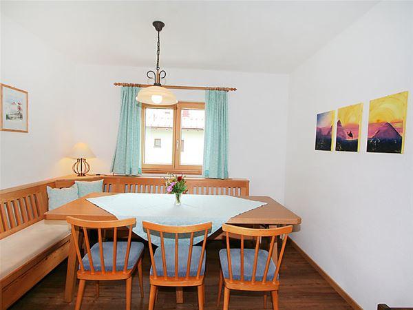 Lägenhet för upp till 8 personer med 5 rum på Sieglinde - Pettneu am Arlberg