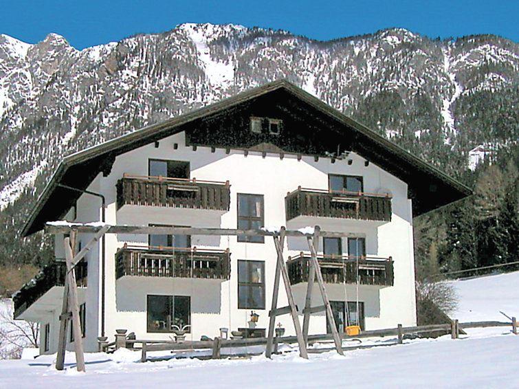 Lägenhet för upp till 10 personer med 6 rum på Dachstein - Rössing