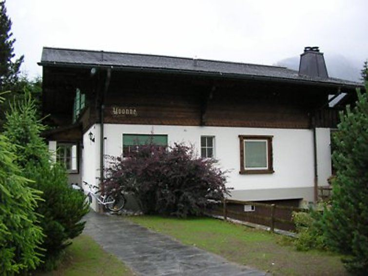 Yvonne - Gstaad