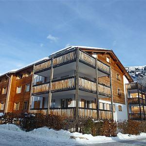 Lägenhet för upp till 5 personer med 3 rum på Tschocca - Flims