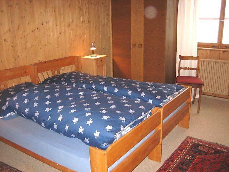 Lägenhet för upp till 5 personer med 4.5 rum på Ruegna - Flims