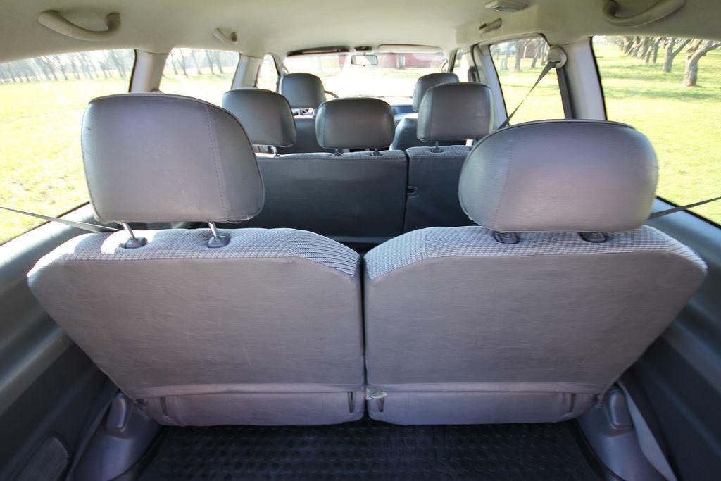 Toyota Previa (vapaat ajokilometrit) 8 hengen auto