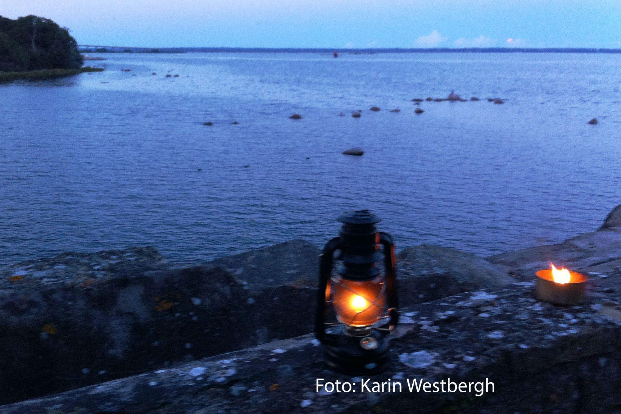 Farliga rackare och elaka spöken - en mörkervandring i Kalmar