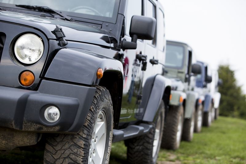 Drive the Jeep Wrangler – classic in terms of off-road driving