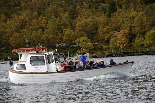 Nisse Schmidt, Båtturer i Grövelsjön