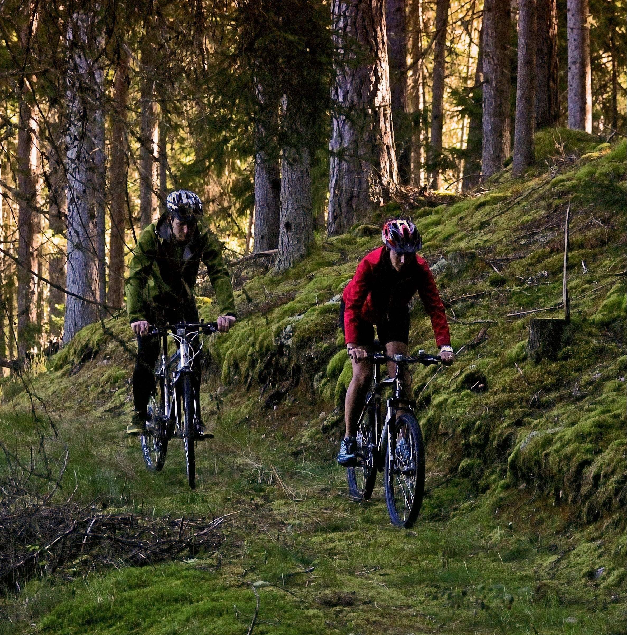 © Isaberg, Mountainbikecykling på Isaberg.