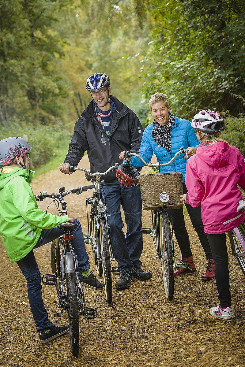 Cykla Råbelövssjön runt