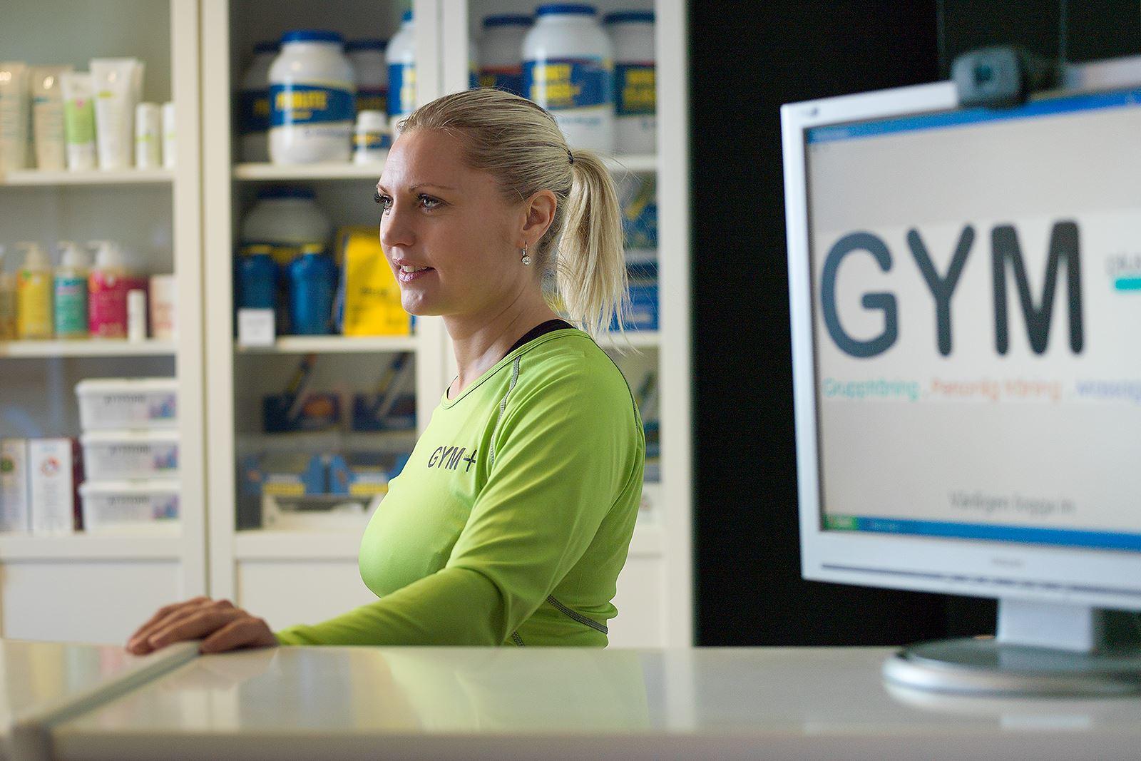 Anna Sköld, Gym+ - Anna Vingrahn i receptionen
