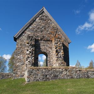 Selånger church ruins