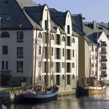 © Terje Rakke/Nordic Life/Destinasjon Ålesund & Sunnmøre, Hotel Brosundet