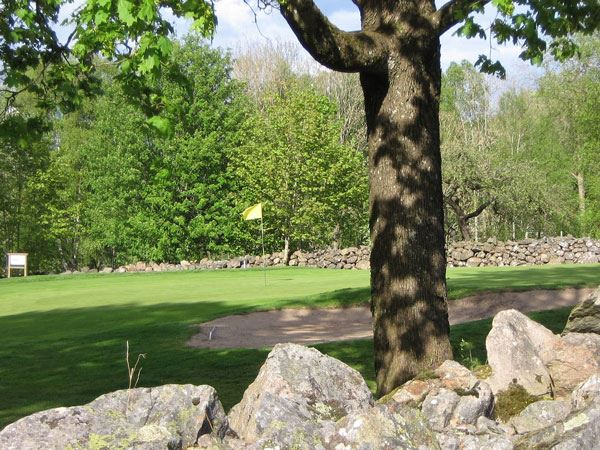 Älmhults golf course, Äskya