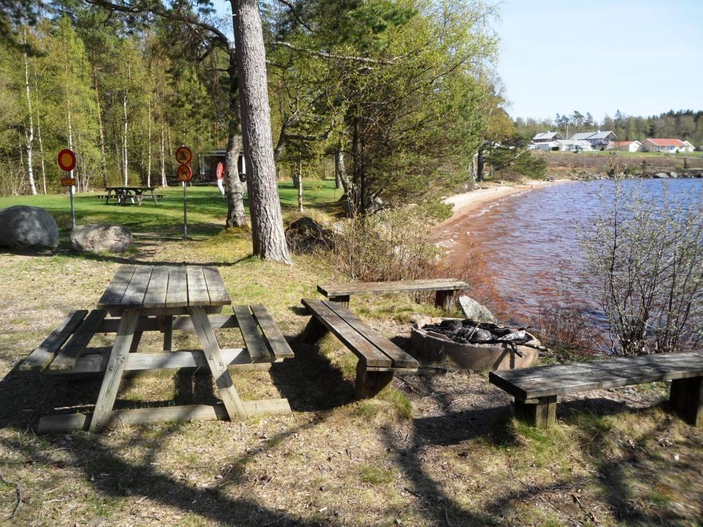 Vaggeryds kommun/Charlotta Ericsson, Bada i Rasjön - Grillplats