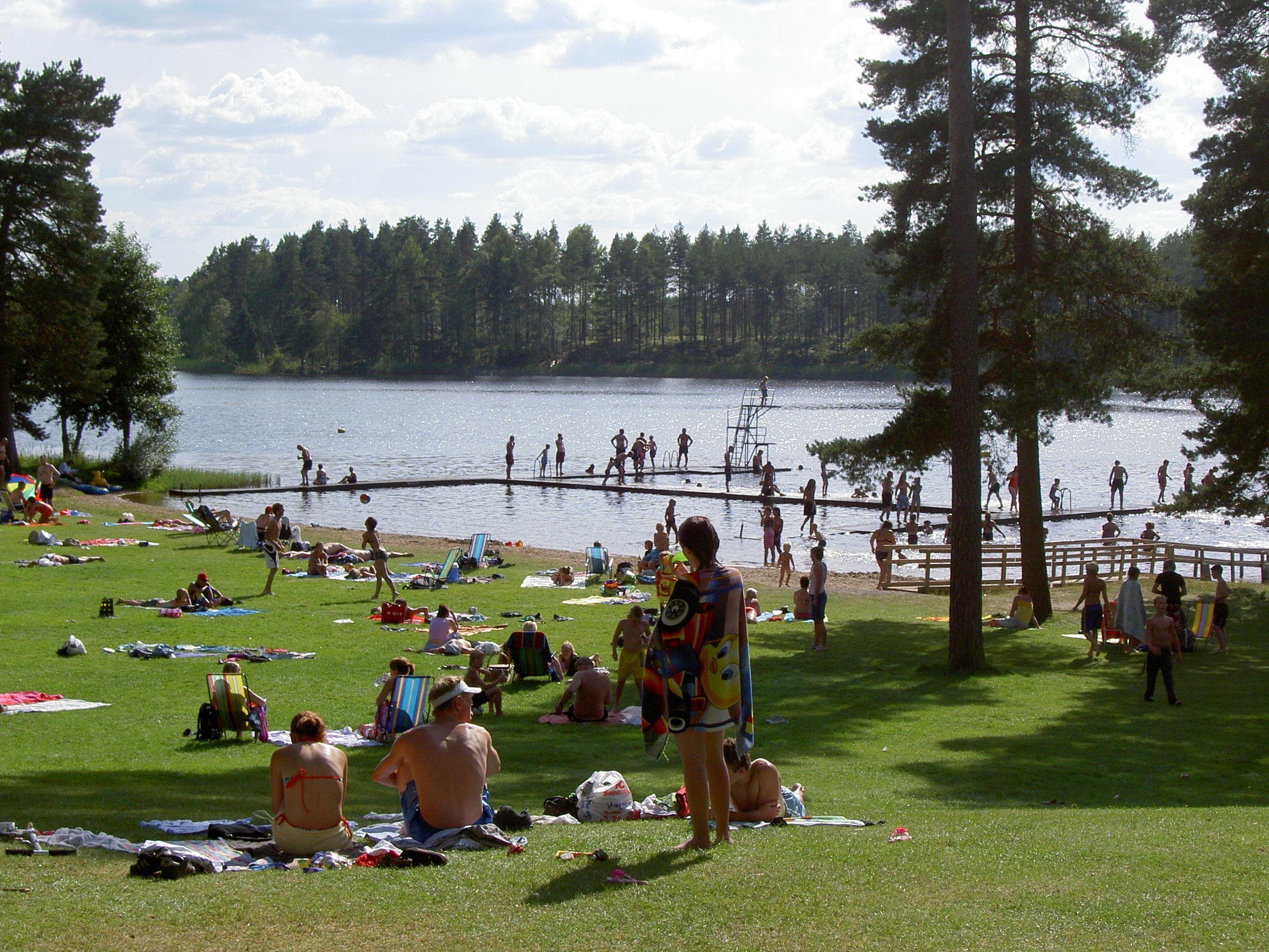 Swim in Hjortsjön, Vaggeryd's municipality