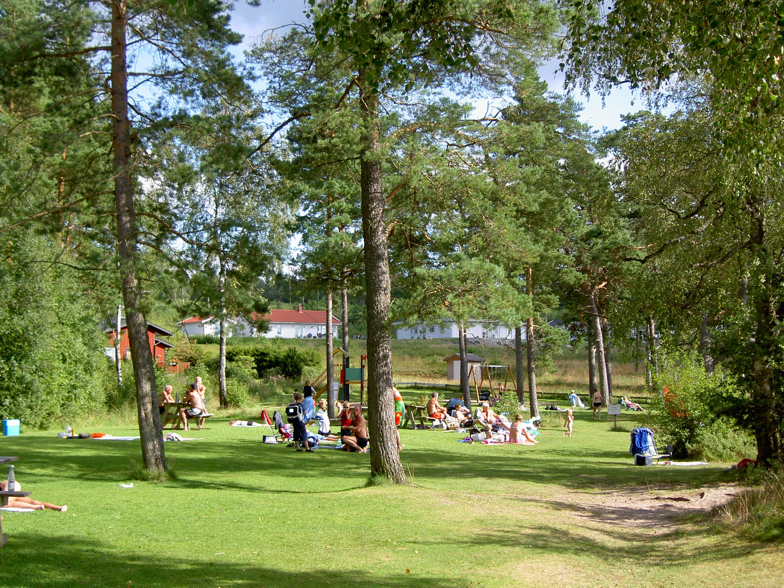 Vaggeryds kommun, Bada i Rasjön - Gräsplan & lekplats