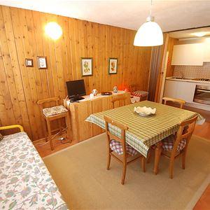 Lägenhet för upp till 5 personer med 2 rum på Fienili di Brenta - Madonna di Campiglio
