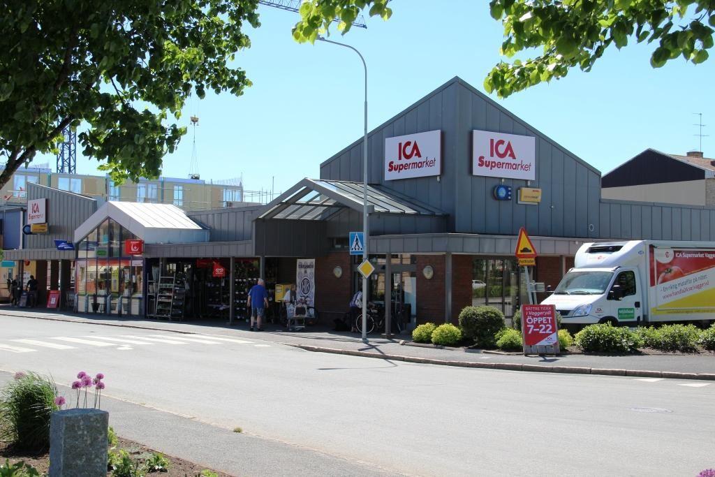 Vaggeryds kommun / Charlotta, Ica Supermarket