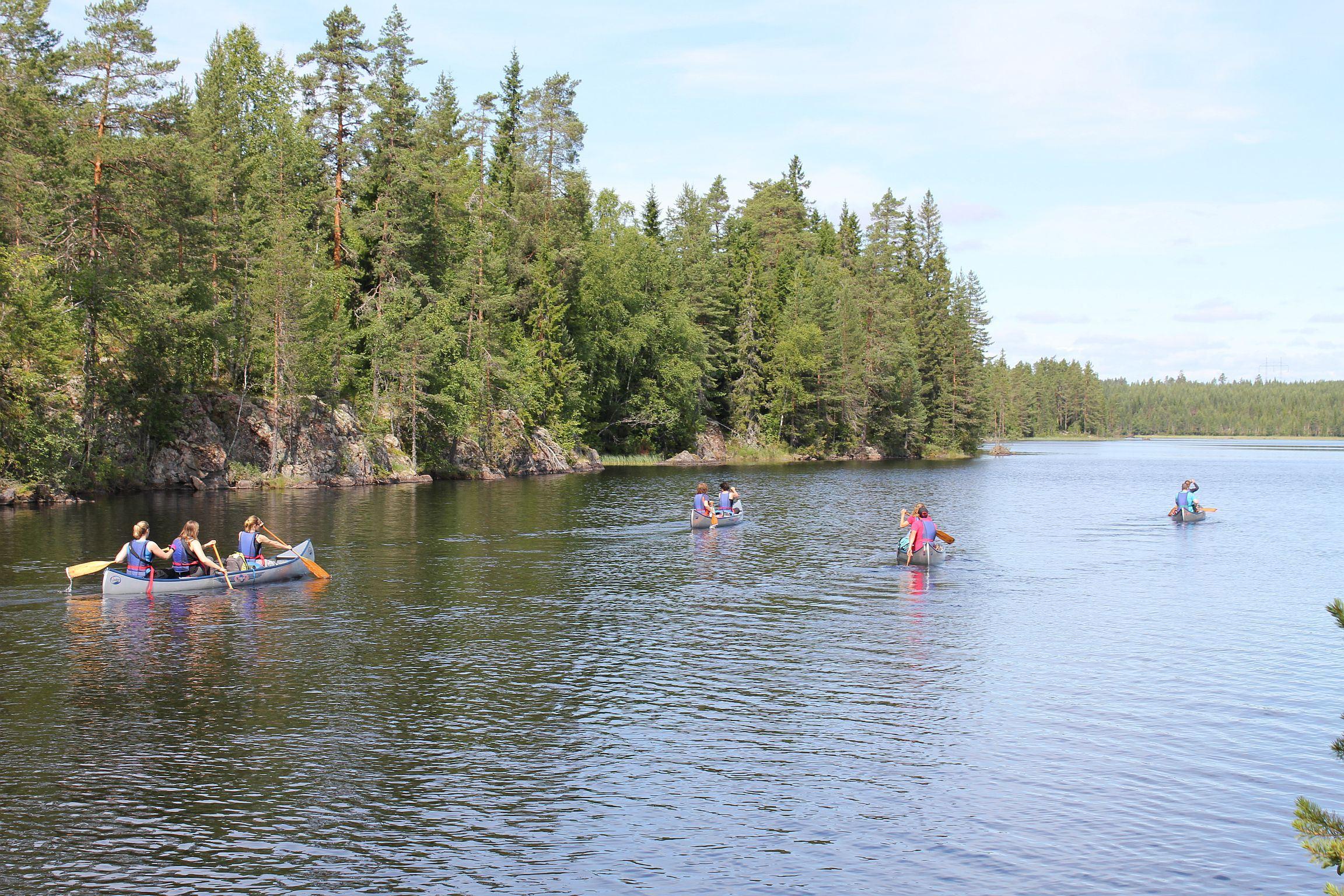 Canadian canoe hire