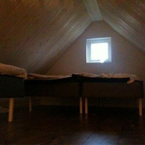 Foto: Kristina Larsson, Sovloft med tre sängar.
