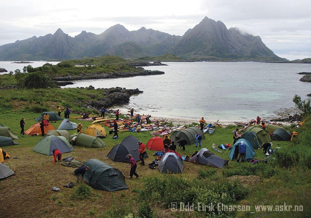Odd-Eirik Einarsen,  © www.askr.no, Camping at the Tinden isle in Øksnes