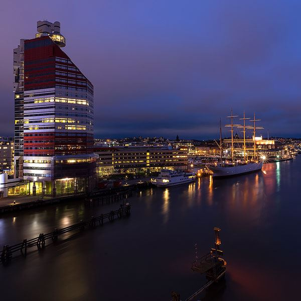 Gothenburg by night