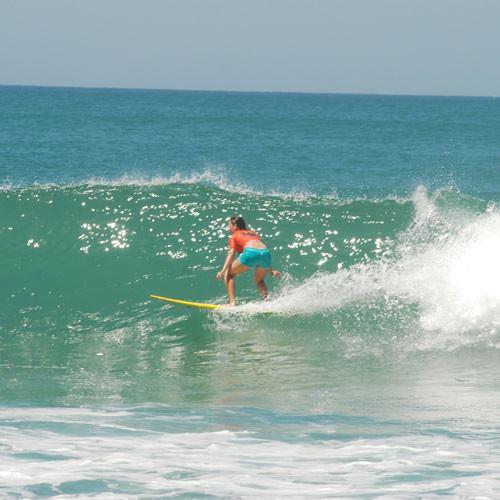 Anglet Surf Spirit : de l'initiation au stage de surf