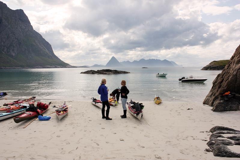 © www.askr.no, Kajakk utleie - Vesterålen Padle & Klatresenter