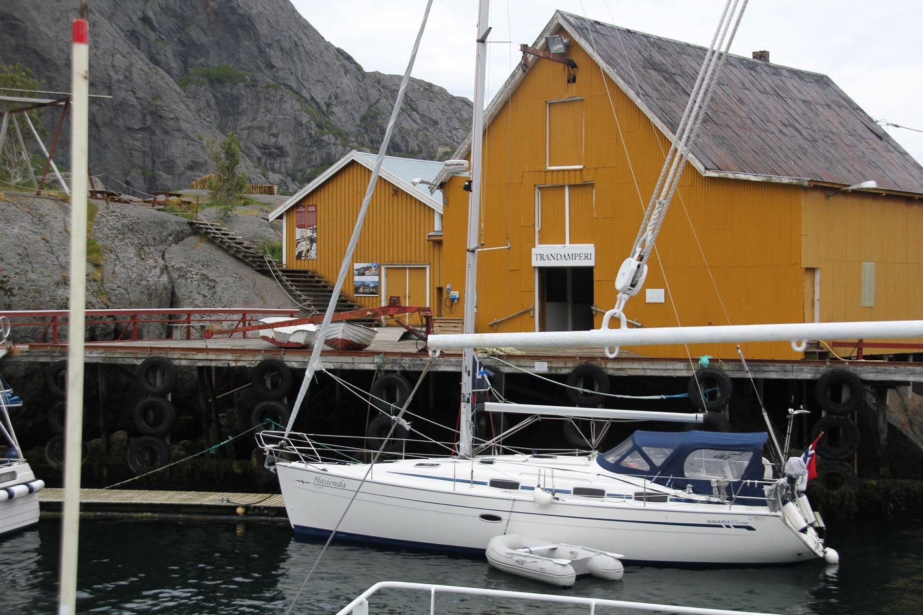 Arctic Circle Sail Charter,  © Arctic Circle Sail Charter, Nydelig seilbåt