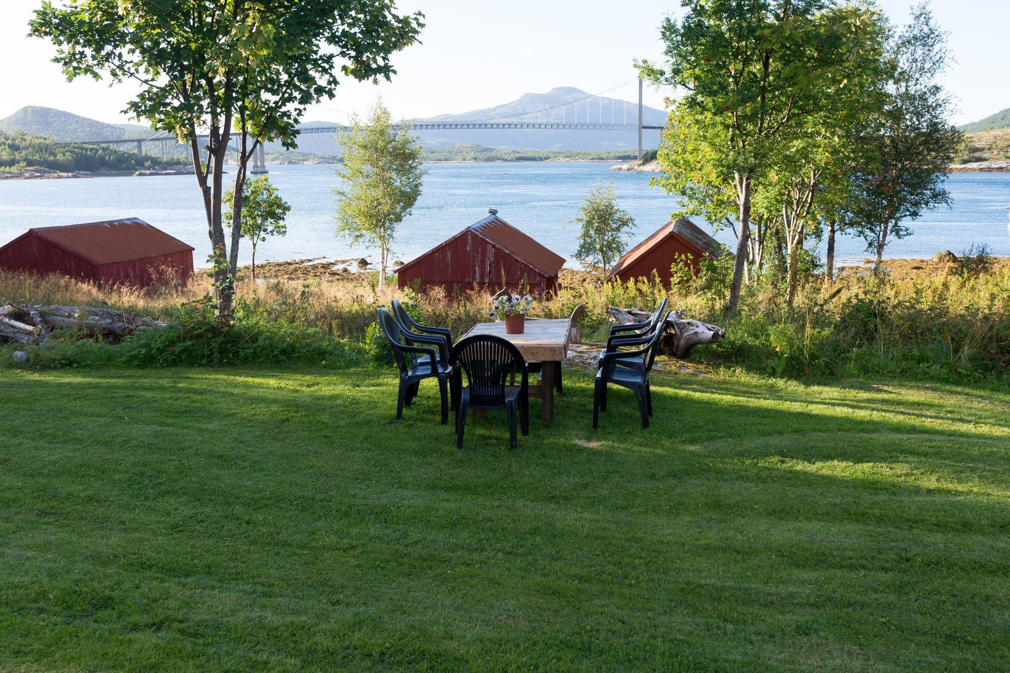 Hage på Kjellingstraumen fjordcamp