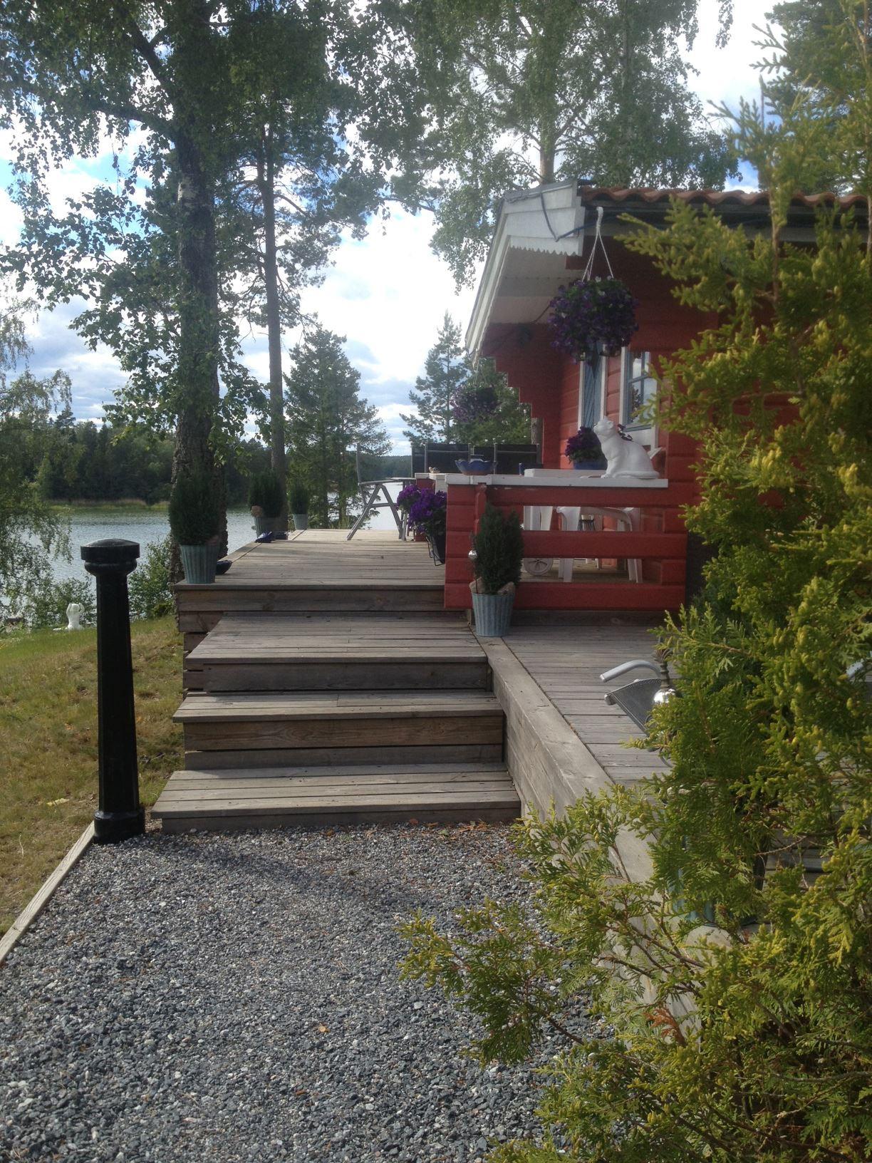 Lostugan - uthyrningsstuga nära Furusund