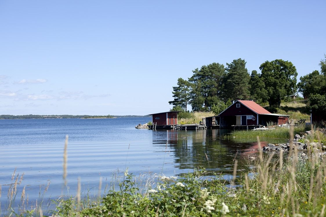 Guided tours on Hasselö and Sladö