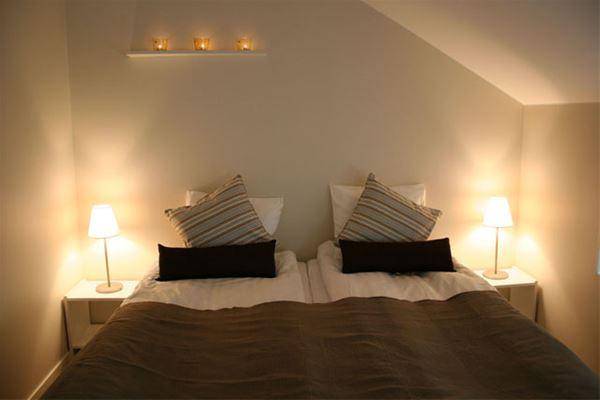 Ett sovrum (det bruna rummet)