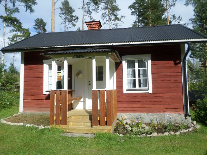 Gårdsstuga i Hermanboda