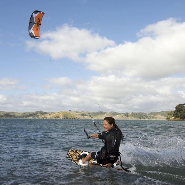 Surflogiet - Kitesurfing courses