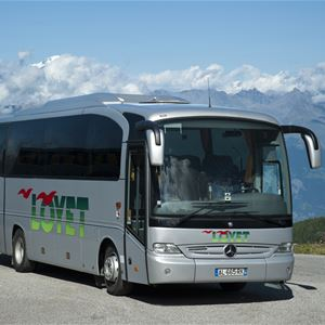 SATURDAY BUS TRANSFER RETURN TICKET - FROM VAL THORENS TO GENEVA AIRPORT - 102€ PER TICKET