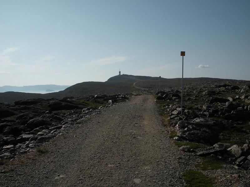 Hiking path to Mount Tyven in Hammerfest